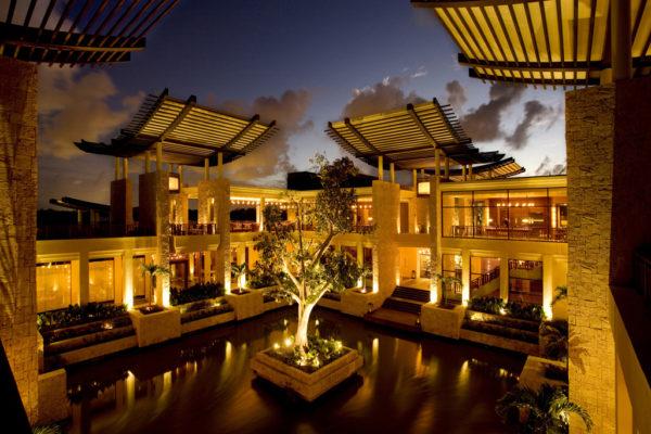 53dafad86dec627b14a10397_banyan-tree-mayakob-playa-del-carmen-riviera-maya-mexico-102574-1